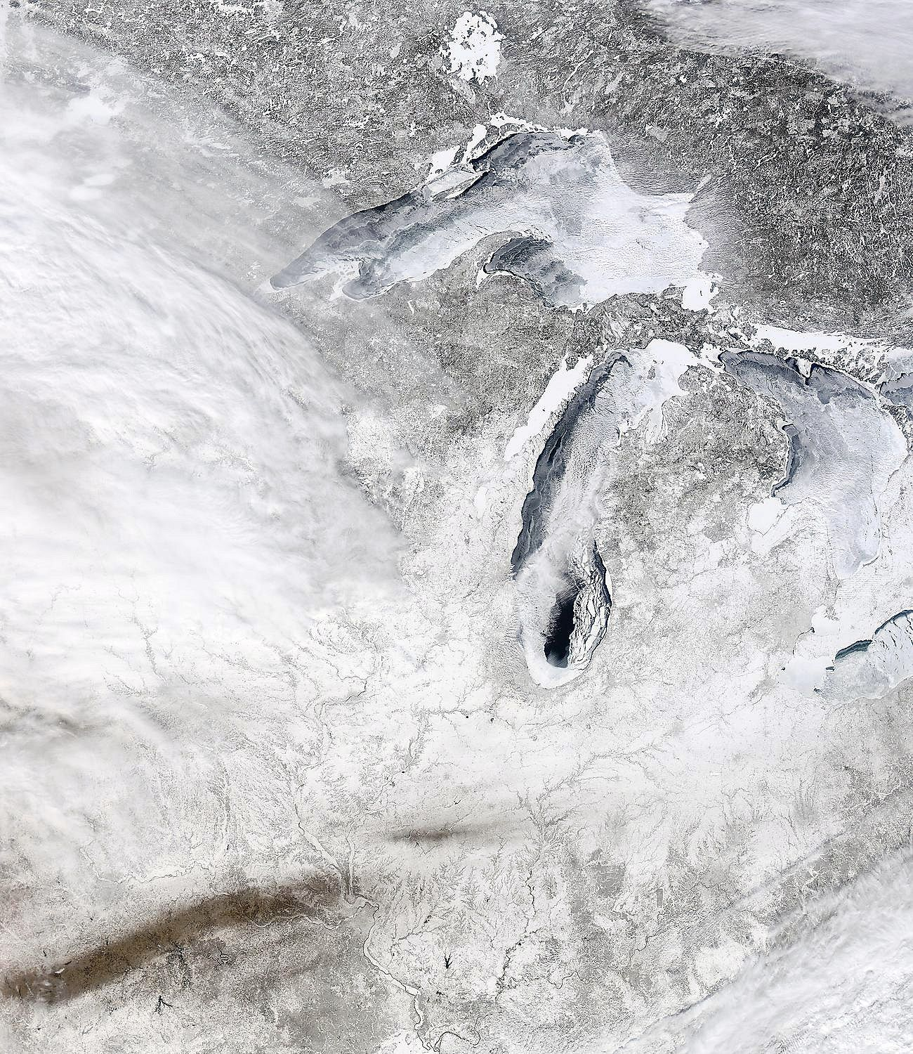 Great Lakes iced over again after cold spell.
